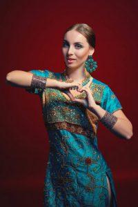 חינה מרוקאית מהסרטים: מלכה חינה יגשימו לכם חלום