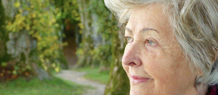 כשההורים מזדקנים: כך תשפצו את השירותים ותהפכו את החלל לנגיש